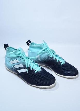 Оригинальные футбольные футзалки adidas