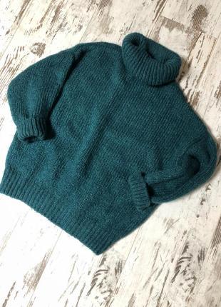 Теплый шерстяной свитер oversize
