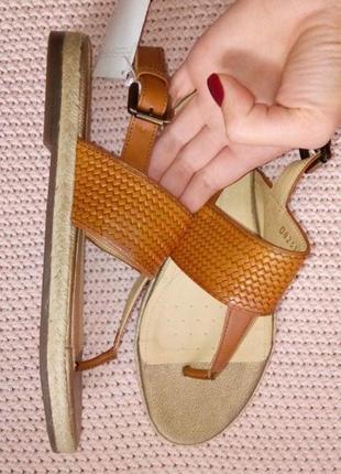 Новые кожаные везде босоножки geox плетёная подошва кожа натуральная