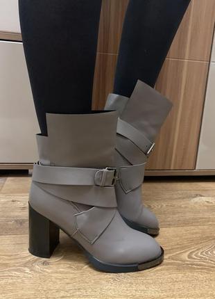 Ботинки осень новые fabio monelli