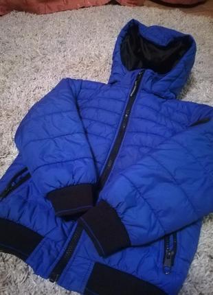 H&m куртка теплая! размер 122.
