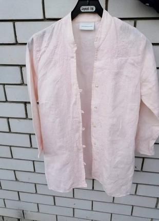 Льняная рубашка с вышивкой