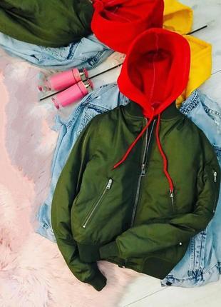 Крутая хаки куртка
