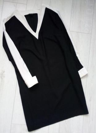 Стильное оверсайз платье миди спортивного стиля с лампасами