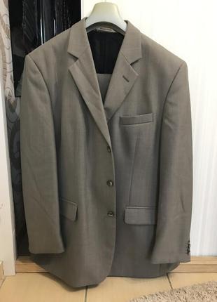Мужские костюмы по 500 грн ( пиджак+брюки) 56 размер