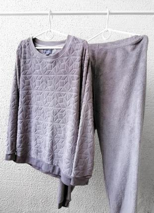 Теплая плюшевая пижама