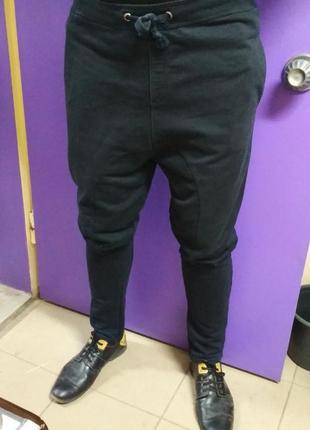 Спортивные штаны, зауженные