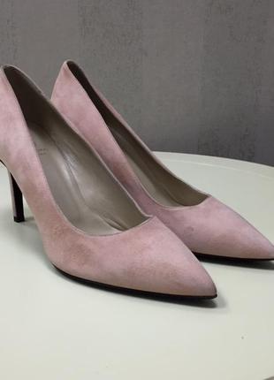 Женские туфли bruno magli, новые, италия, оригинал, размер 38.