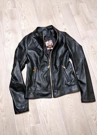 Курточка из кожзама кожаная из эко кожи куртка кожанка