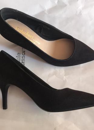 Туфли-лодочки на тонком каблуке george