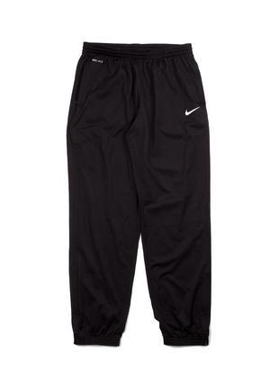 Черные спортивные штаны nike dri fit