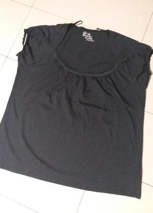 Черная натуральная футболочка большого 26 размера