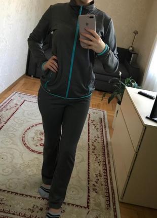 Спортивный костюм eastpeak