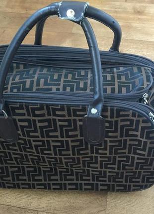Дорожная сумка. коричневая сумка. сумка в дорогу. красивая дорожная сумка