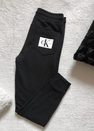 Спортивные штаны calvin klein jeans
