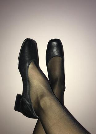 Французькі шкіряні туфлі ombelle