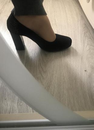 Суперские черные туфли