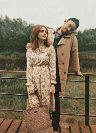 Винтажное платье миди в цевточный принт осіннє бежеве плаття пудра вінтажне плаття