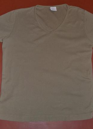 Базовая оливковая  футболка  бренда ellenor