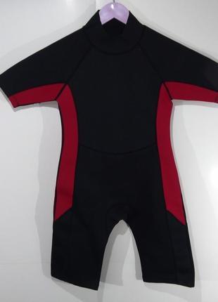 Фирменный гидрокостюм dunnes stores на 10-11 р. (140-146) для плавания и дайвинга