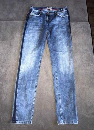 Супер классные качественные джинсы с лампасами cecil