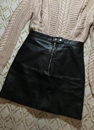 H&m чёрная кожаная юбка на молнии