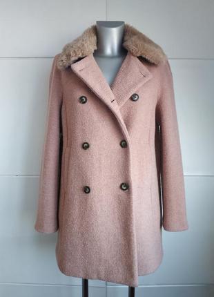 Стильное пальто zara в пастельных розовых тона