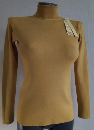 Мега-качественный,женственный,стрейчевый,теплый,25%кашемира,5%шерсти,гольф в микро-рубчик