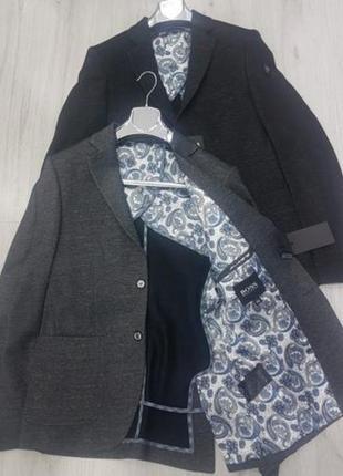 Стильный мужской пиджак hugo boss