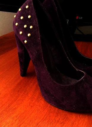 Продам новые нарядные туфли с италии blanco. новые, сток. размер 37.