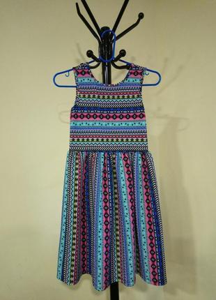 Яркое платье для девочки от tu