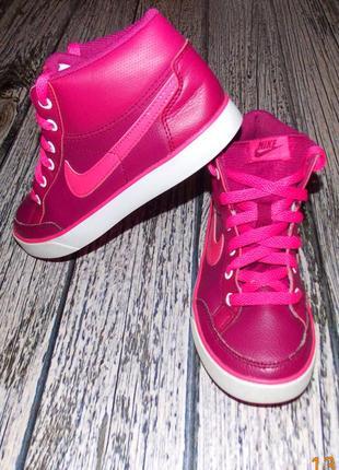 Демисезонные кроссовки nike для девочки, размер 33,5