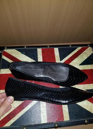 Классические туфли балетки тиснение рептилия крокодил
