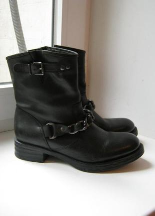 Ботиночки unisa, 100% натуральная кожа, размер 38