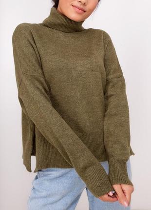 Овэрсайз свитер свободного кроя с молнией на спине / хаки