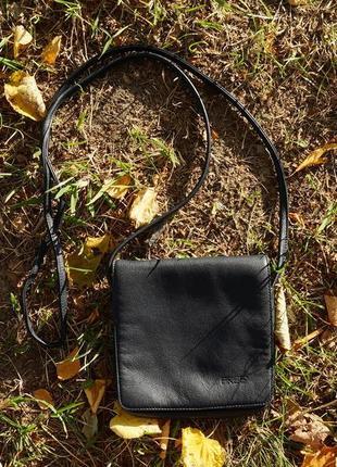 Жіноча сумка бренду bree