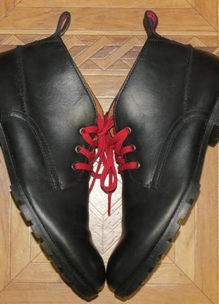 Демисезонные ботинки tommy hilfiger(оригинал)р41-42