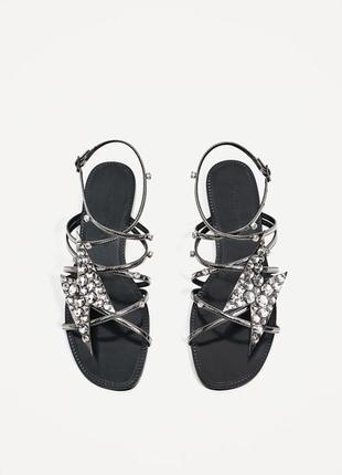 Кожаные сандалии zara
