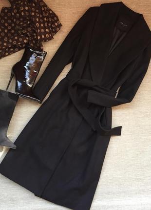 Классическое черное пальто миди