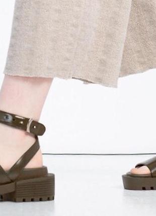 Очень крутые сандалии zara ❤