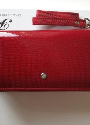 Женский кожаный кошелек, лакированый красный
