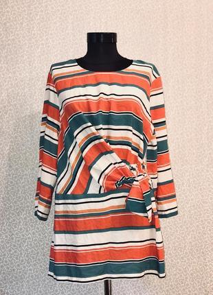Красивая оригинальная блуза туника