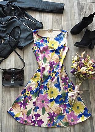 Очень красивое платье weatherwear