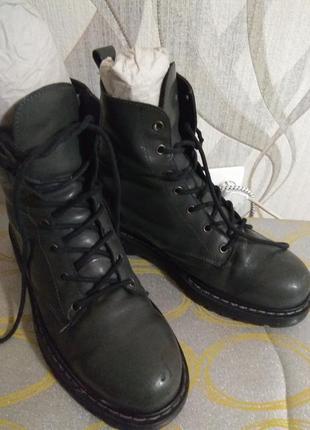 Ботинки берци кожа 40 размер