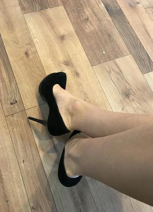 Замшевые туфли на высоком каблукее