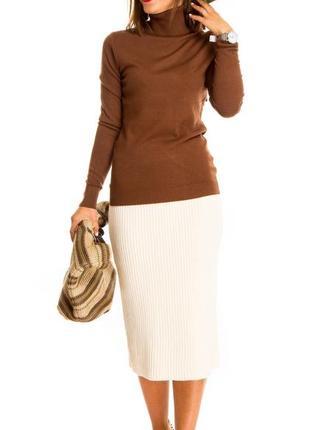 Женский гольф водолазка шоколадного цвета (италия) размер s-m