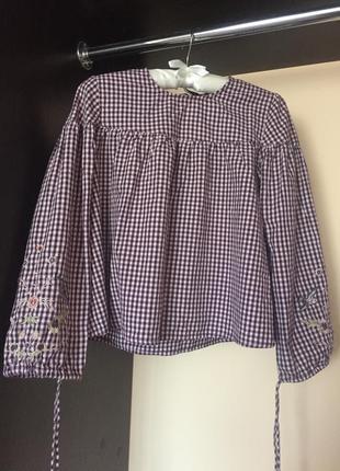 Клетчатая рубашка с вышивкой