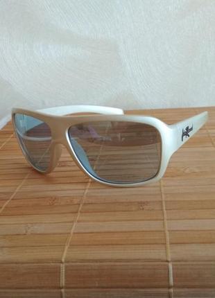 Фирменные очки от солнца оригинал john richmond jm703-04