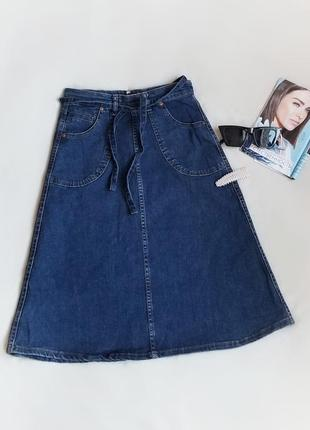 Крута джинсова юбка а силуету,benetton