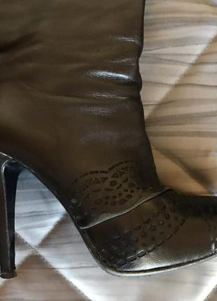 Кожаные осенние сапоги